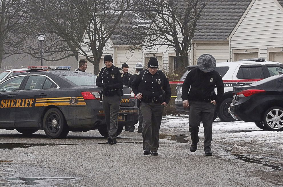 PHOTO: Police investigate the scene of a shooting in Westerville, Ohio, Feb. 10, 2018.