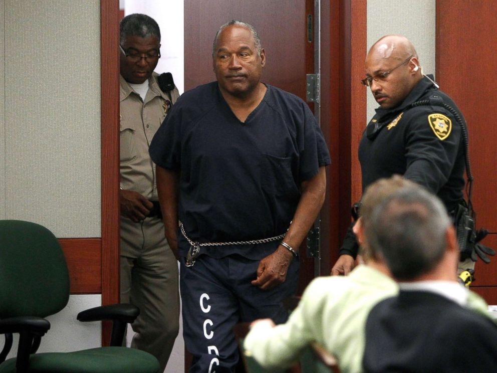 PHOTO: O.J. Simpson arrives at an evidentiary hearing in Clark County District Court, May 16, 2013, in Las Vegas.