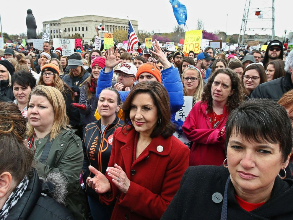 PHOTO: Oklahomas State Superintendent of Public Instruction Joy Hofmeister, center, applauds during a teacher rally at the state Capitol in Oklahoma City, April 2, 2018.