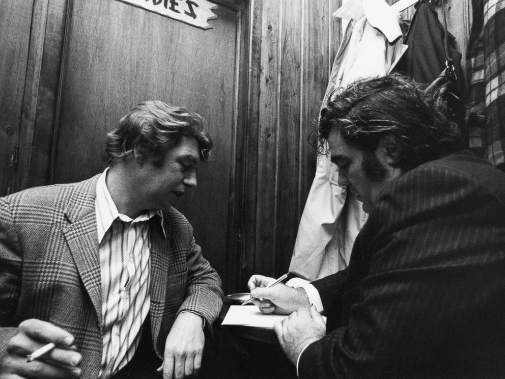 PHOTO: New York newspaper columnists Pete Hamill (l) and Jimmy Breslin.