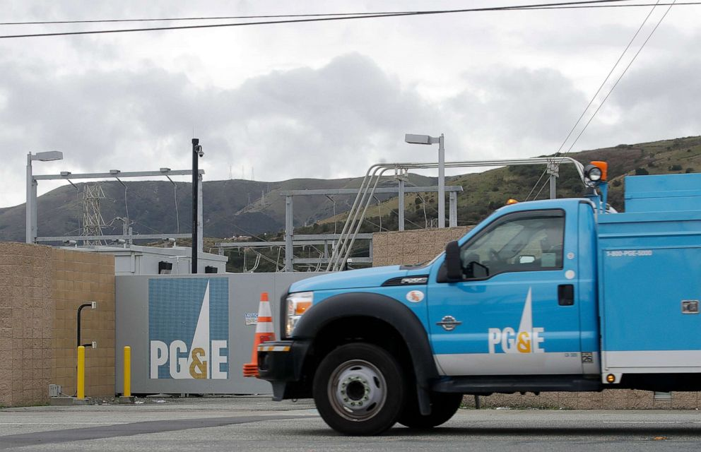 PHOTO: A Pacific Gas & Electric truck drives past a PG&E entrance in Daly City, Calif., Feb. 1, 2019.