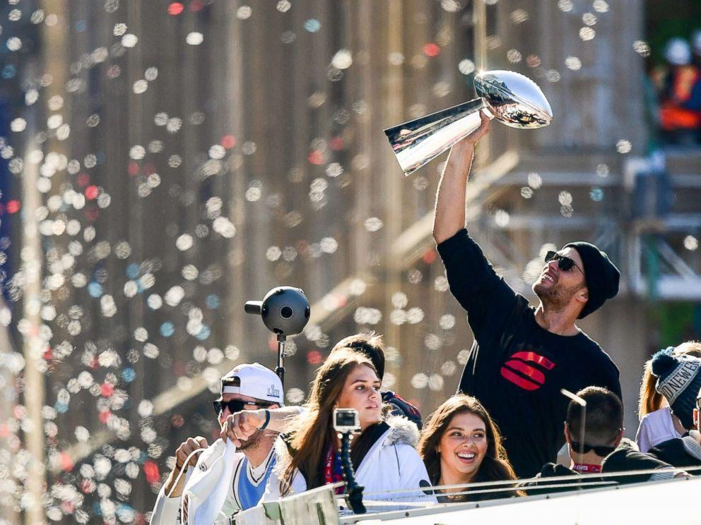 068e1303 New England Patriots' Super Bowl victory parade held in Boston - ABC ...