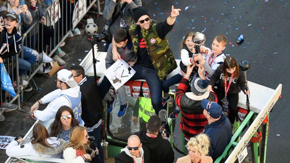 New England Patriots  Super Bowl victory parade held in Boston - ABC ... 5ba615abb