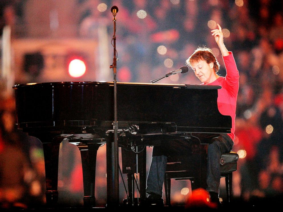 PHOTO: Singer Paul McCartney performs during the Super Bowl XXXIX halftime show at Alltel Stadium, Feb. 6, 2005, in Jacksonville, Fla.