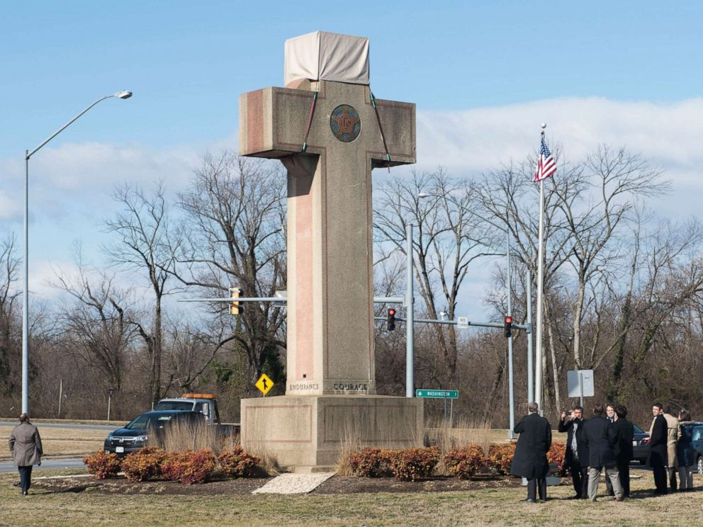 Supreme Court Upholds WWI 'Peace Cross' on Public Land in Maryland