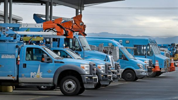 PG&E to shut down power to some California residents as fire season gets underway