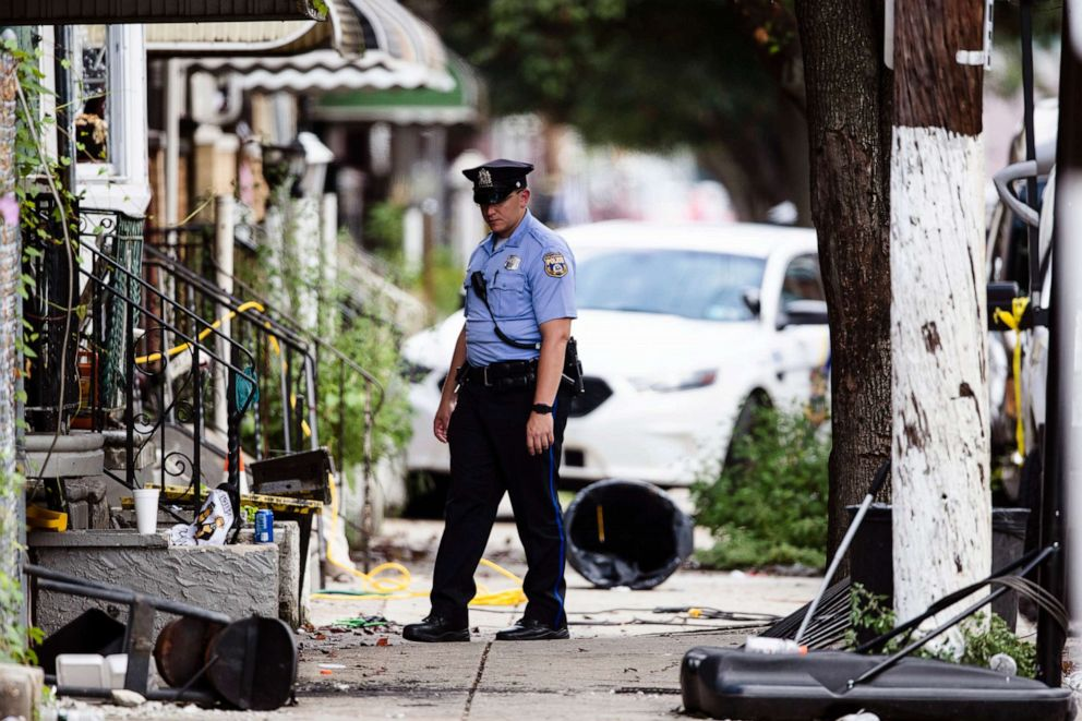 PHOTO: A police officer stands guard at the scene of Wednesdays hours long standoff in Philadelphia, Thursday, Aug. 15, 2019.