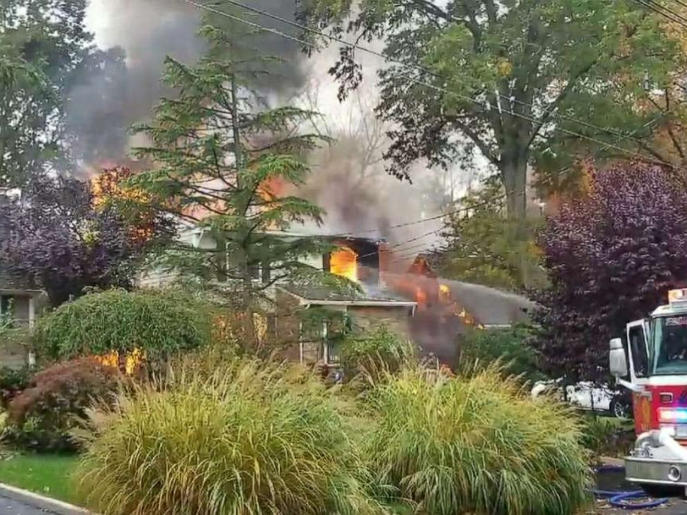 Plane crashes into homes in New Jersey neighbourhood