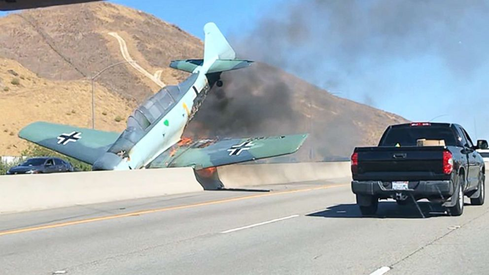 A small plane crashed on the 101 Freeway in Agoura Hills, Calif., Oct 23, 2018.