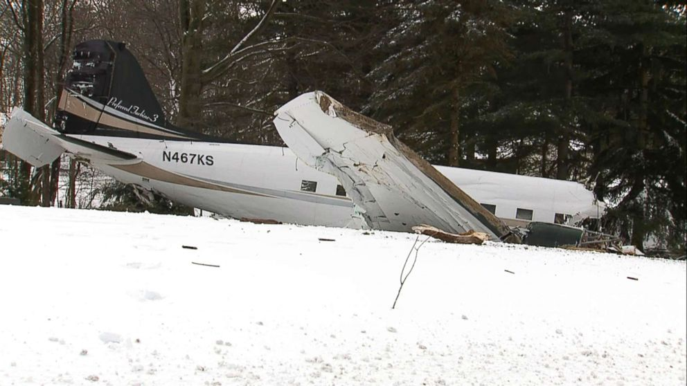 PHOTO: The scene of a small plane crash near Kidron, Ohio.