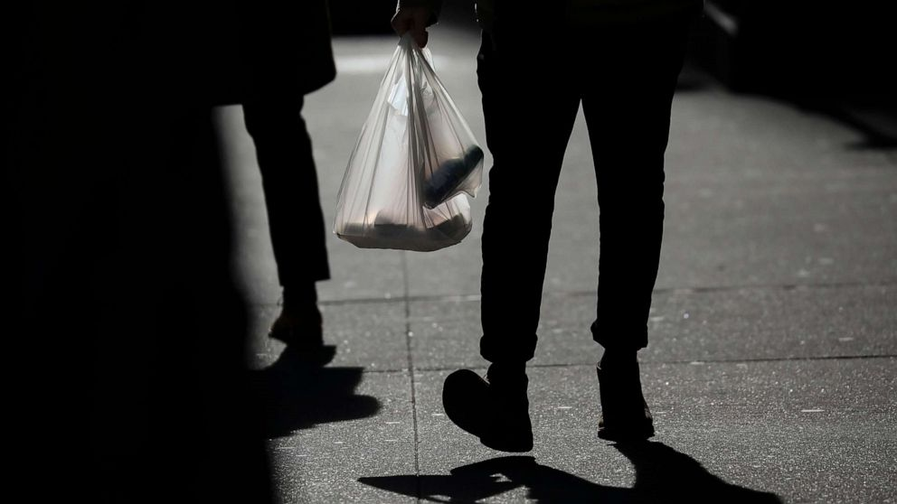 As plastic bag bans go into effect, some question the unintended consequences - ABC News