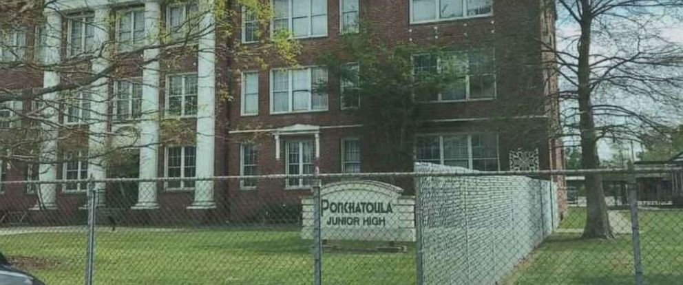 PHOTO: Administrators are investigating the rough takedown of a female student at Ponchatoula Jr. High School in Ponchatoula, La., after it was captured on video.