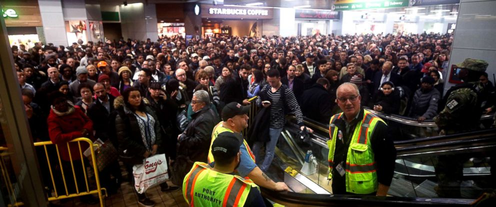 PHOTO: Hundreds of NJ transit commuters stuck in the Port Authority Bus Terminal due to snowstorm in New York City, Nov. 15, 2018.