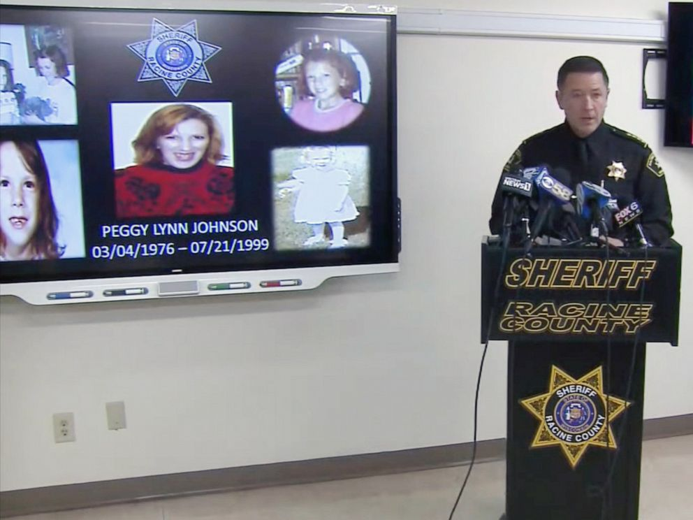 PHOTO: Police announce the identity of 23-year-old Peggy Lynn Johnson, whose body was discovered in July 1999 in Raymond, Wisc.