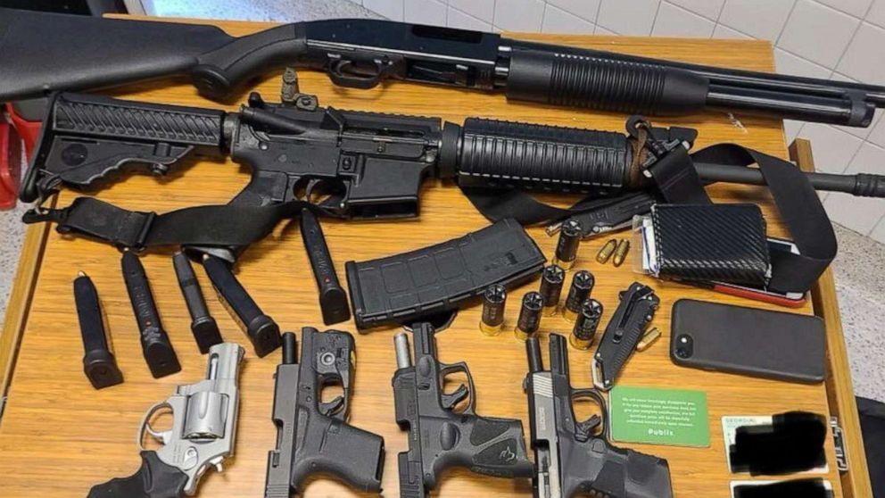 Man With Six Guns, Ammunition, and Body Armor at Atlanta Supermarket Arrested