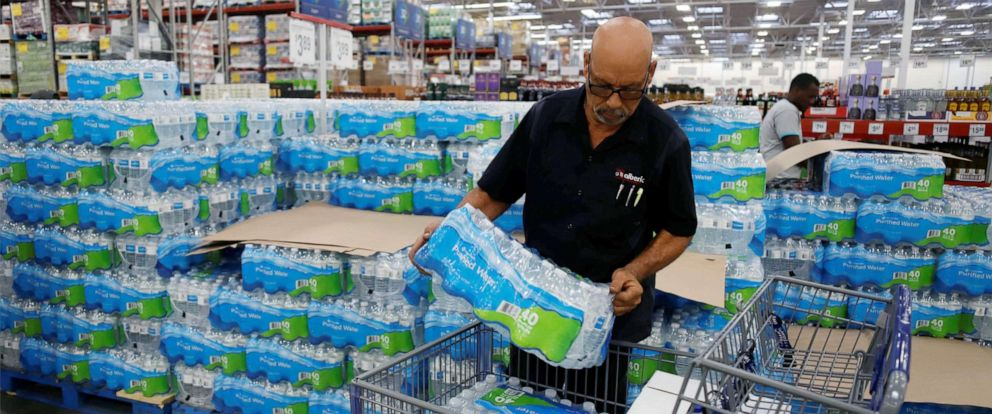 PHOTO: People buy food and water before the arrival Tropical Storm Karen, at a supermarket in San Juan, Puerto Rico, Sept. 23, 2019.