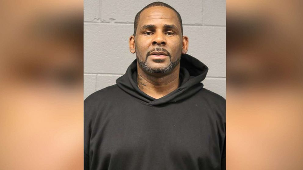 R. Kelly bail set at $1 million for sex abuse charges thumbnail