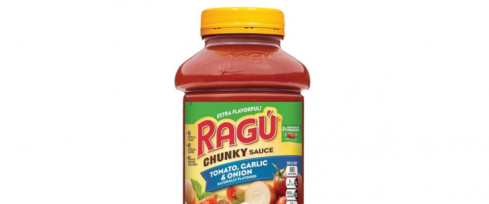 PHOTO: RAGU Chunky Tomato, Garlic & Onion 45oz Jar.