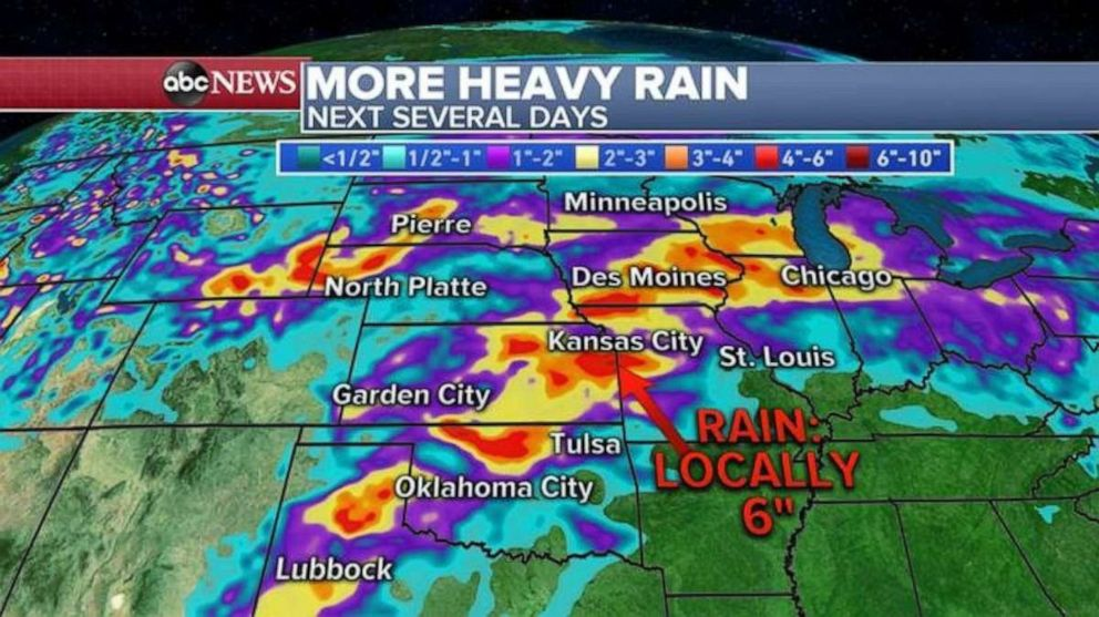 PHOTO: The heaviest rain over the Memorial Day weekend will fall in the central U.S.