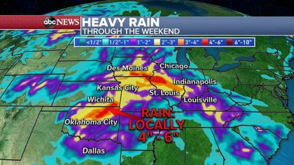PHOTO: Heavy rain could cause more flooding in the already water-logged central U.S.