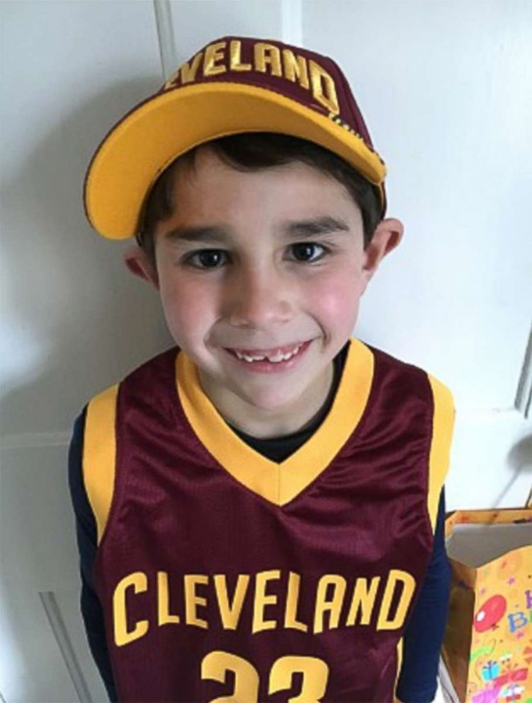 PHOTO: Gio Dargaj, 10, is a Cleveland Cavaliers super-fan who makes pillows for the homeless in his spare time.