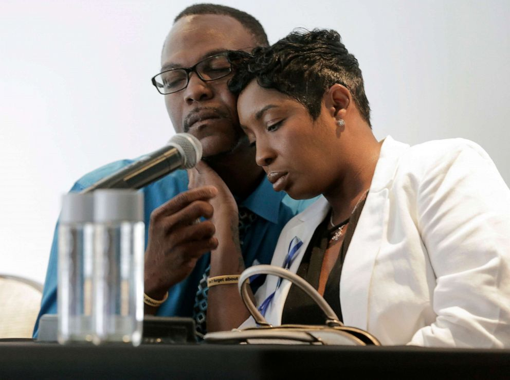 PHOTO: In this Tuesday, Aug. 14, 2018 photo, Raymond Pryer comforts Dikeisha Whitlock-Pryer while they talk to the media in Houston, about their 3-year-old son, Raymond Pryer Jr., who died after he was left in a bus for hours.