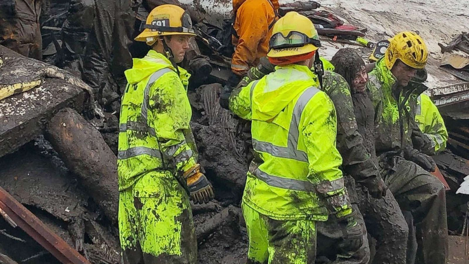 Firefighters Rescue 14 Year Old Girl From California Home Destroyed By Mudslides Abc News