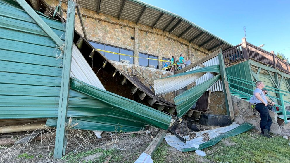 11 People Injured after Deck at Tennessee Restaurant Collapses