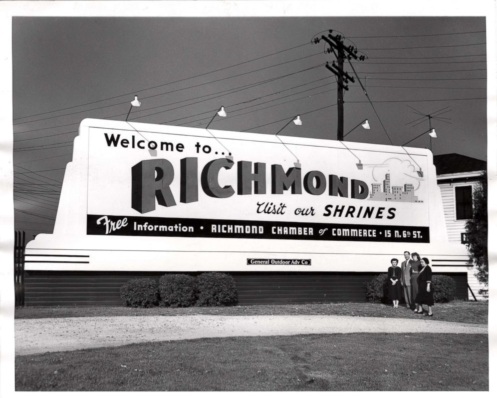 PHOTO: A billboard circa 1965 that urges tourists to visit our shrines in Richmond, Va.