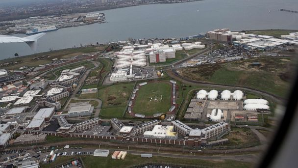 Parole warrant dropped against teen who attempted suicide at New York's Rikers Island