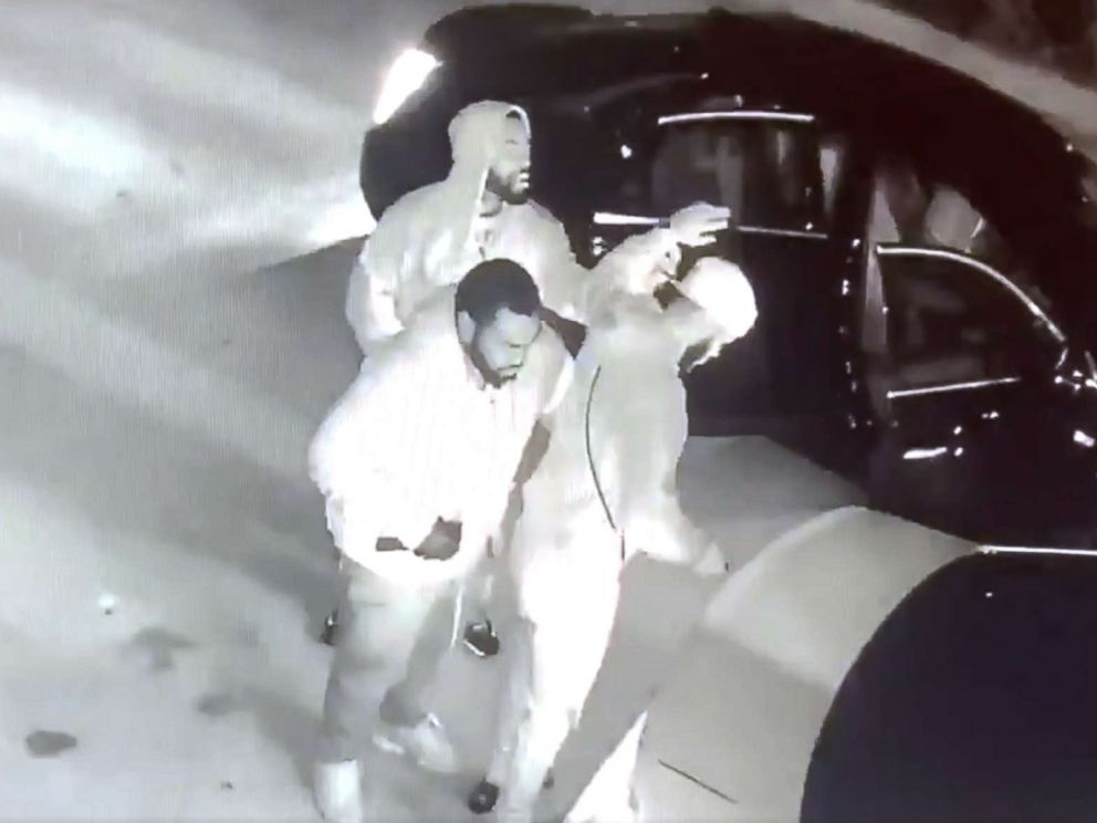Miami police searching for brazen armed robbers caught on
