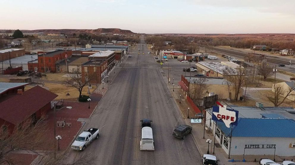 Kids In Pro Trump Rural Areas Have Lot >> Roberts County A Year In The Most Pro Trump Town In America Abc News