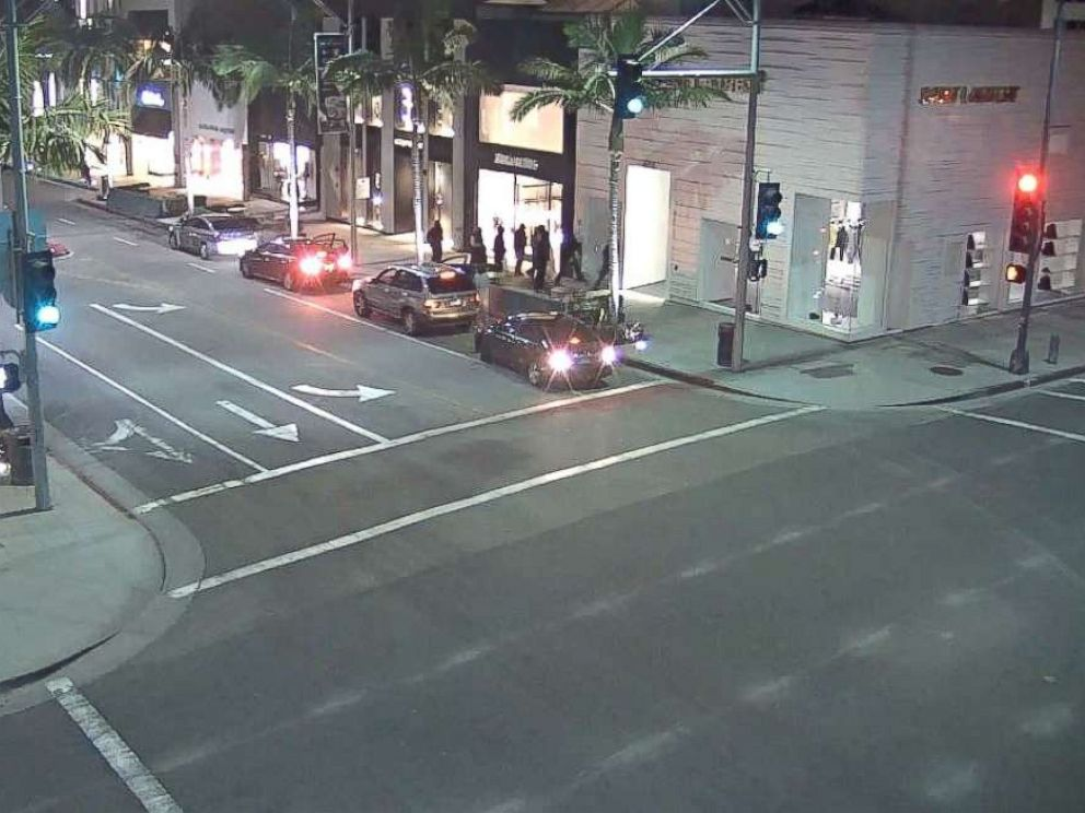 Group Smashes Glitzy Rodeo Drive Storefront Steals