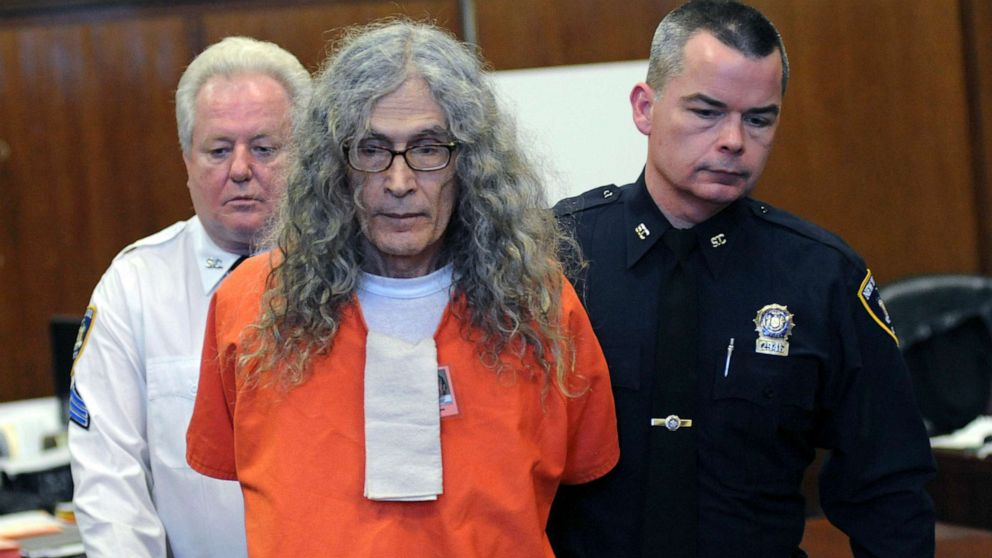 Rodney Alcala, 1970s 'Dating Game' Serial Killer, Dies on Death Row in California