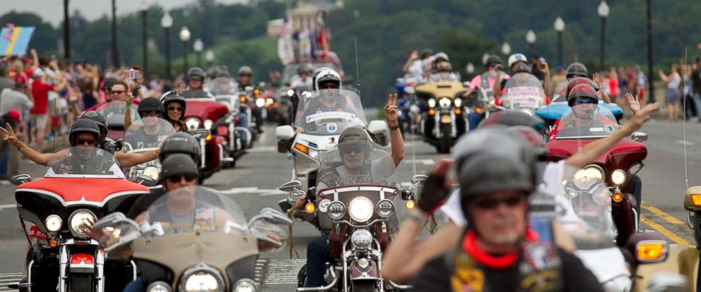 PHOTO: Thousands of motorcyclists swarmed the Washington, D.C. area to take part in the 30th annual Rolling Thunder Memorial Day event, May 28, 2017.