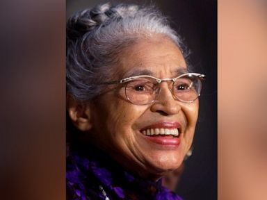 Rosa Parks statue to be unveiled Sunday