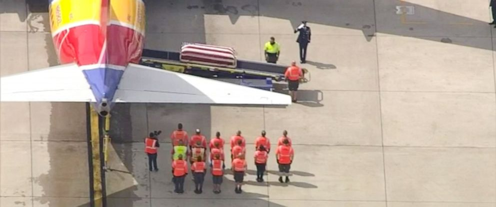 PHOTO: The remains of Capt. Roy Knight arrived in Dallas today after he was shot down in 1967 over Laos during the war.