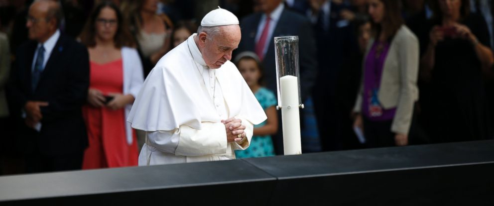 PHOTO: Pope Francis prays for the victims at the 9/11 memorial in New York, Sept. 25, 2015.