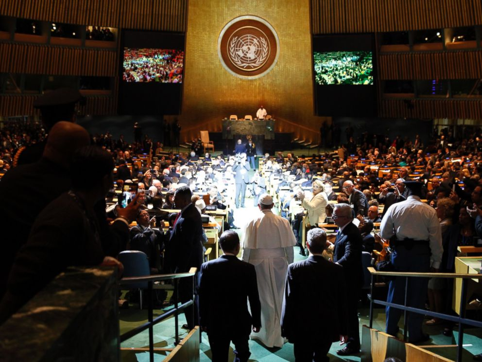PHOTO: Pope Francis arrives for a plenary meeting of the United Nations Sustainable Development Summit 2015 at United Nations headquarters New York, Sept. 25, 2015.