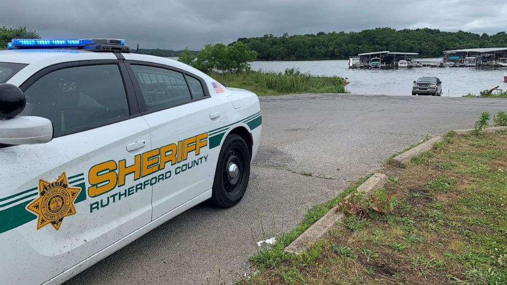 At Least One Person Dead After Small Plane Carrying Seven People Crashes Into Tennessee Lake