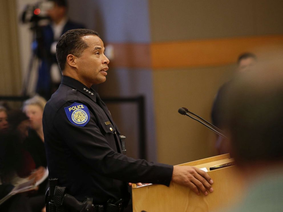 Community leaders advocate for change through workshop with Sacramento Police Department