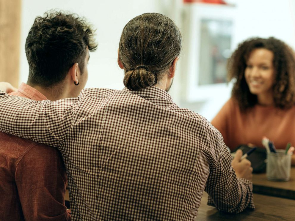 PHOTO: A same sex couple apply for a loan in this stock photo.