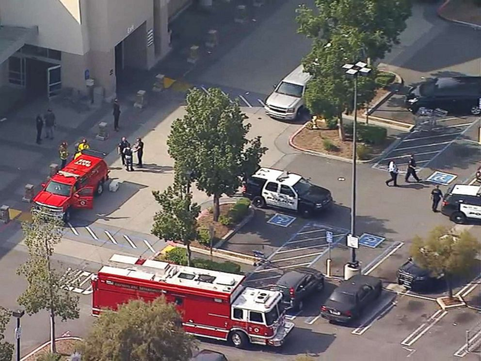 PHOTO: Emergency personnel are on the scene at Sams Club in Ontario, Calif., April 5, 2018.