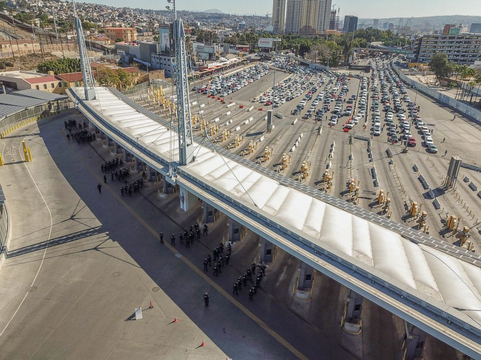 PHOTO: U.S. Customs and Border Protection personnel along with DOD personnel secure the San Ysidro Port of Entry at the border of California and Mexico, Nov. 25, 2018.