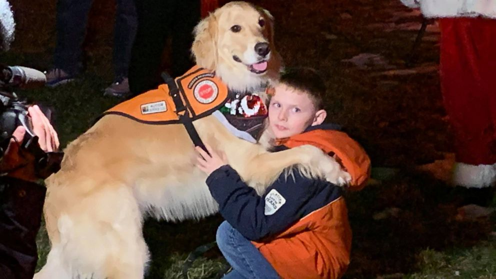 9-year-old Indiana boy gets surprise visit from Santa after he was turned away because of service dog thumbnail