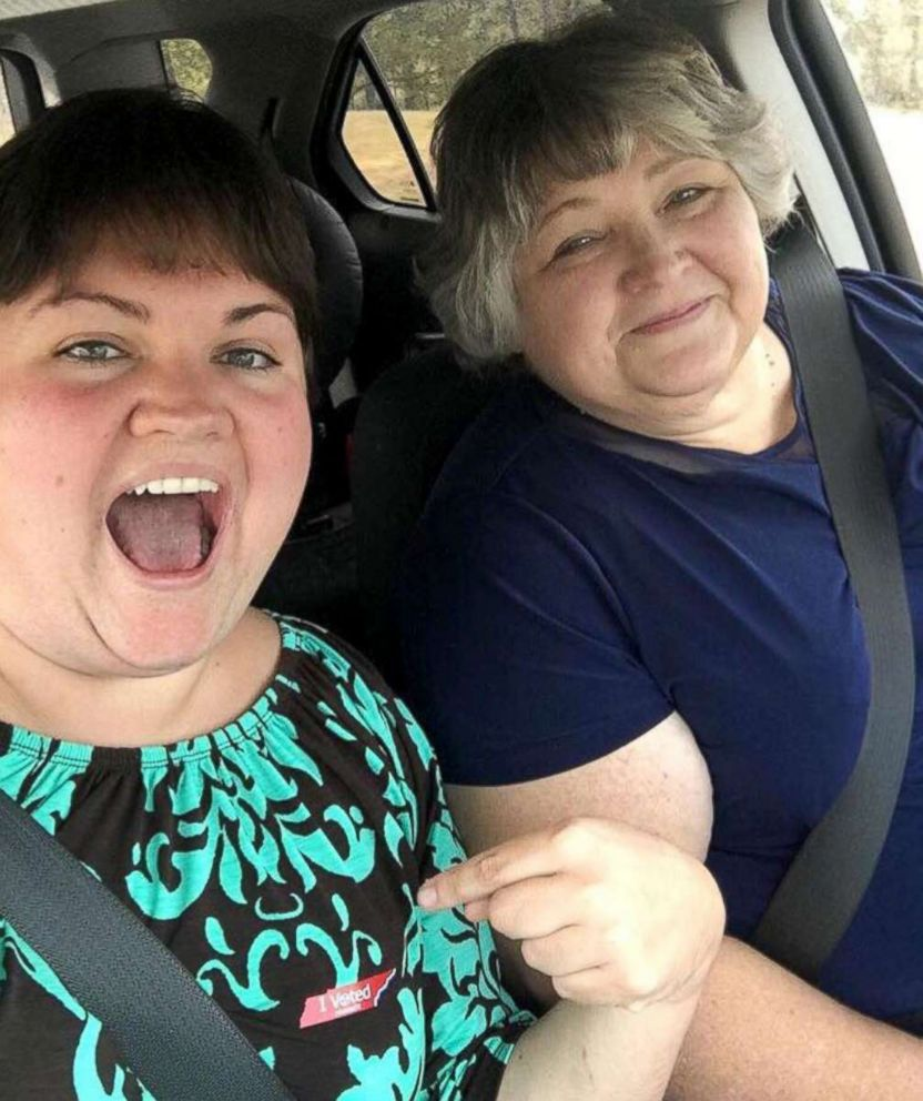 PHOTO: Sara Hooker-Weaver and her mother JoAnn Hooker take a fun selfie in the car.