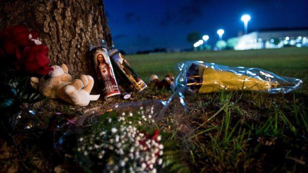 https://s.abcnews.com/images/US/school-shooting-01-as-gty-180520_hpMain_16x9_608.jpg