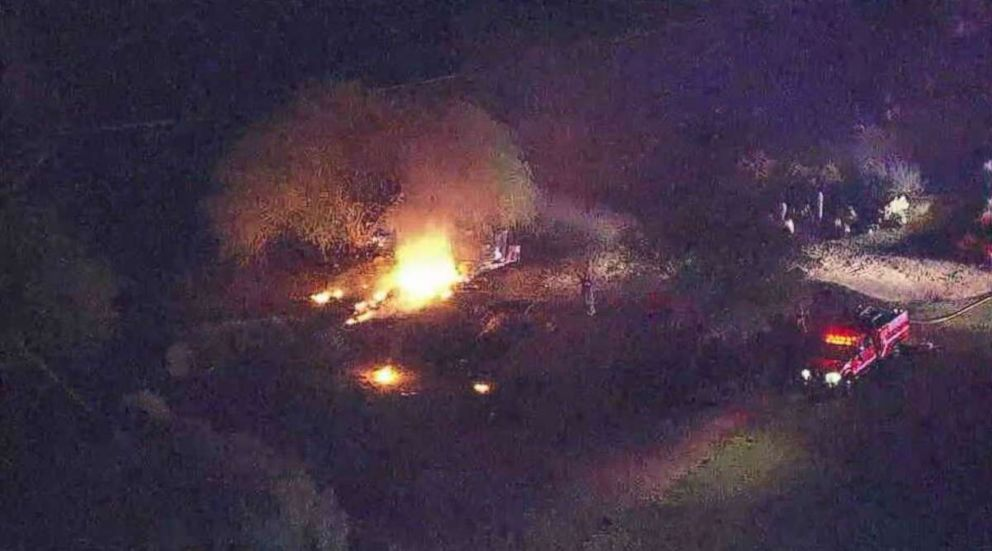 6 killed when small plane crashes on Arizona golf course