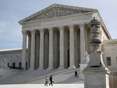 Supreme Court scraps April calendar, delays major cases amid pandemic