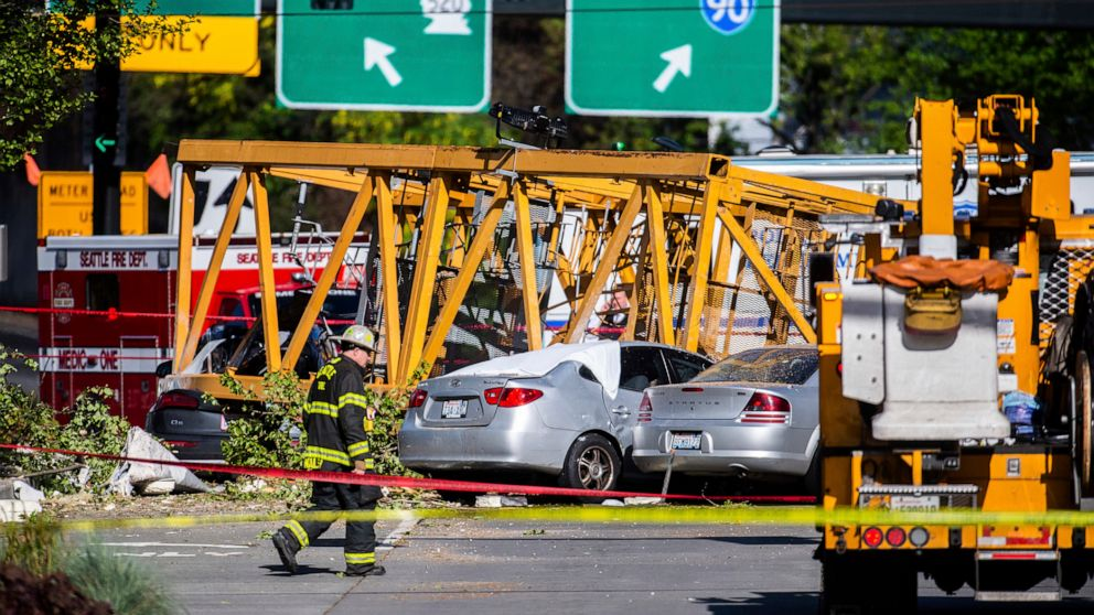 4 dead, 3 injured after crane collapses in Seattle: Officials ...